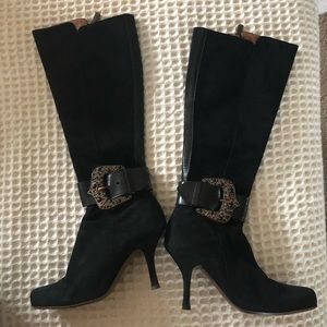 Couture Donald J Pliner Black Suede Boot SZ. 5.5